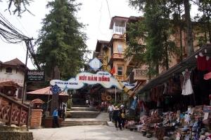 Sapa_Hamrong_mountain_1308-102.jpg