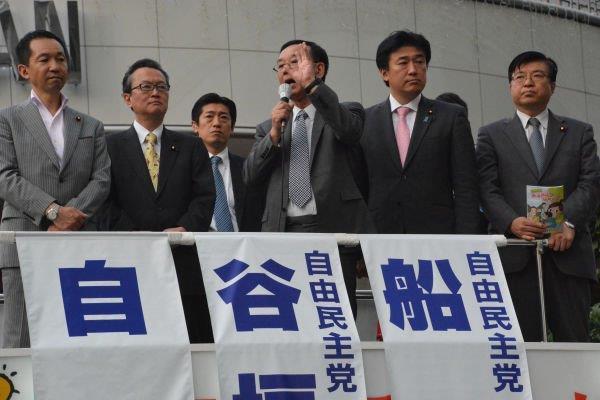 20150520自民党憲法改悪に向け街頭演説開始