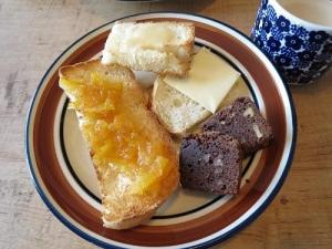 ブラウニーの朝食