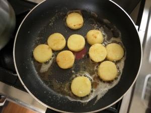 バターで焼く