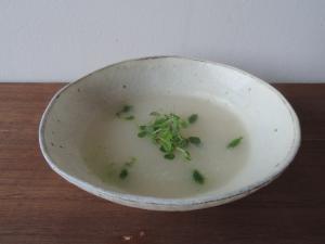 かぶのポタージュ 小松菜ソース