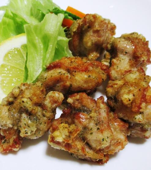 鶏の唐揚げナンプラー風味 拡大