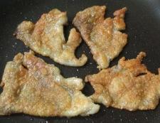 鶏皮とねぎのわさびポン酢和え 調理②