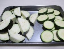 イカと夏野菜のフレッシュトマト煮 【下準備】④
