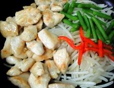 鶏むね肉とモヤシの麺つゆカレー炒め 調理③