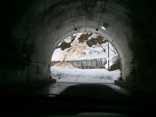 沼沢トンネル-2
