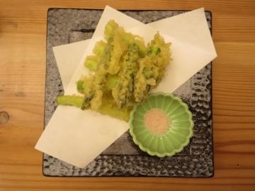 アスパラの天ぷら 550円
