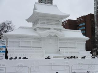 雪まつり2015春日大社・中門