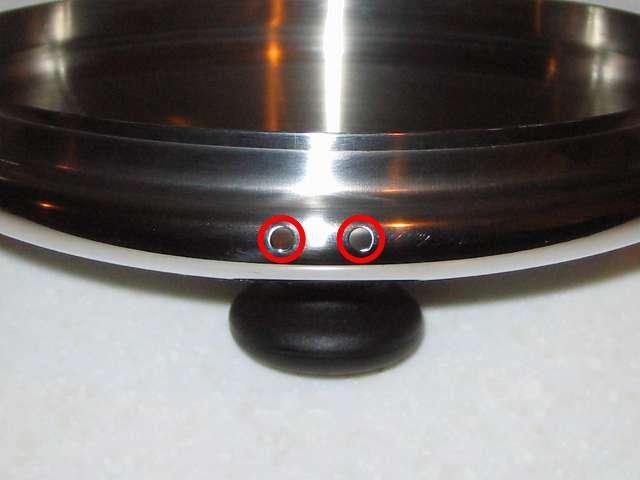 エルマース ステンレス製 広口 ケットル 3.2L H-2042 のふたとふたの蒸気穴