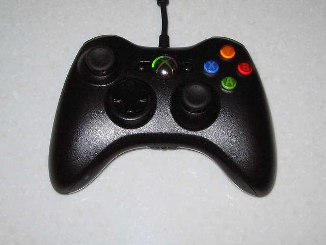 Microsoft Xbox360 有線コントローラー Xbox 360 Controller for Windows リキッド ブラック 52A-00006 分解作業