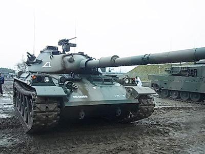 74式戦車1_800x600_800x600