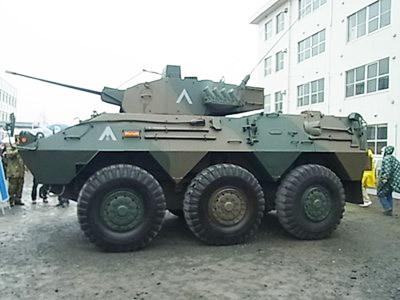 87式偵察警戒車2_800x600_800x600