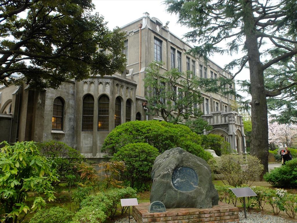 青山学院大学キャンパスの様子_13