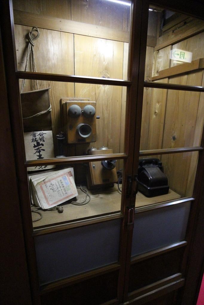 電話室_2