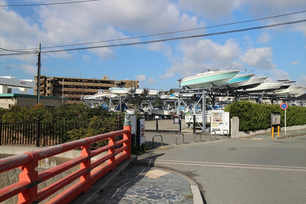 富士見橋と渚マリーナ_2