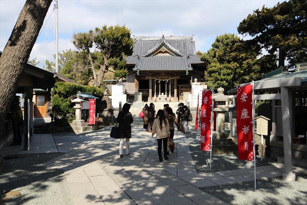 森戸神社の拝殿_4