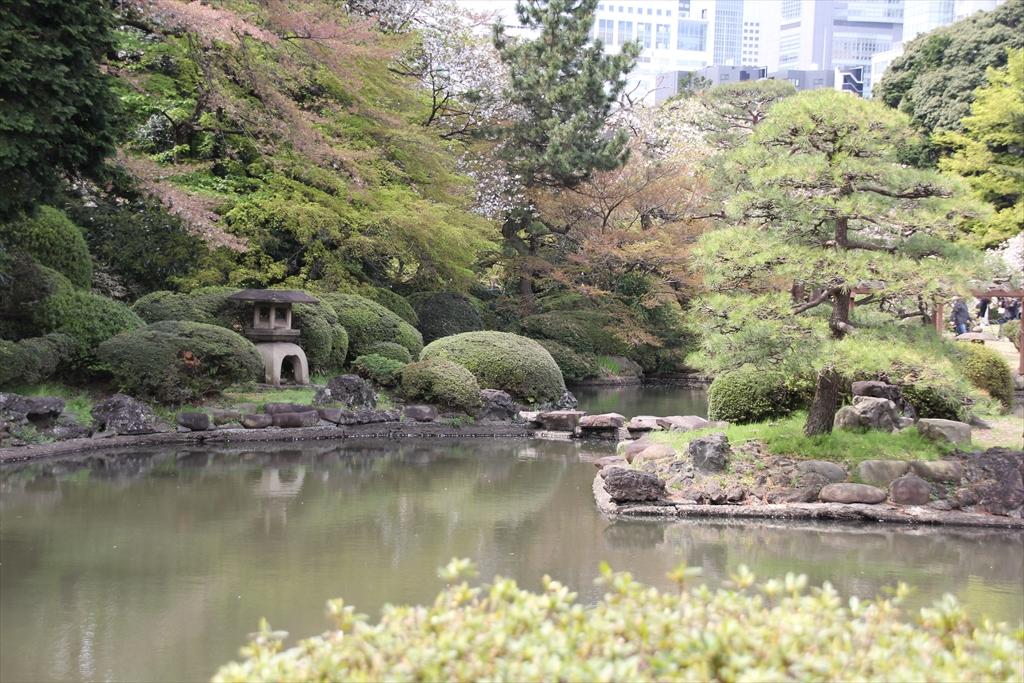旧御涼亭前の池