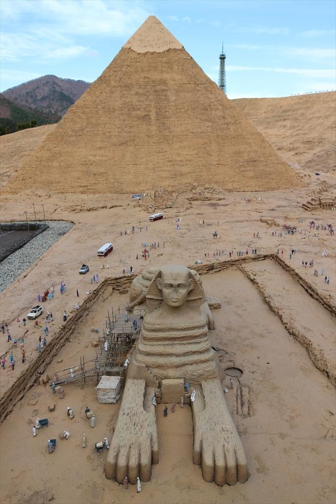 カフラー王のピラミッドとスフィンクス_1