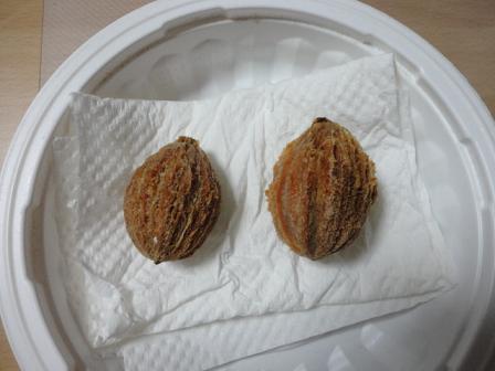 ハンカチノキの実の中の種