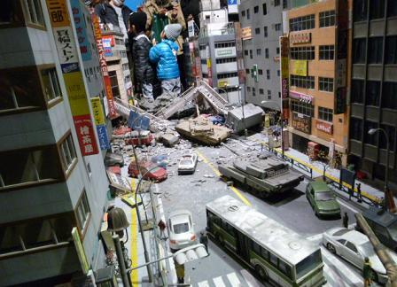 tokusatsu150104.jpg