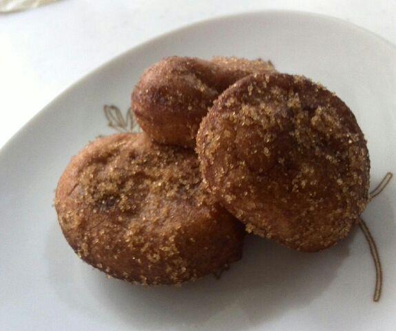 ①シナモンシュガードーナッツ