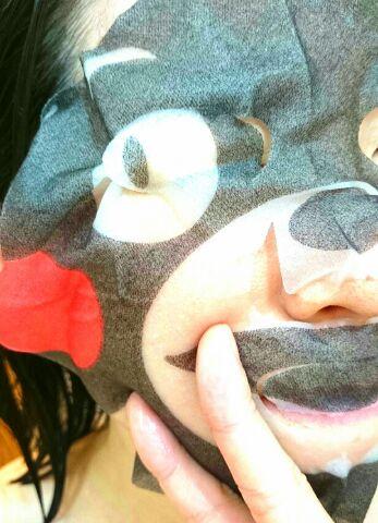 くまもんフェイスマスク使用2