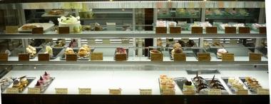 150707ケーキ ショーケース