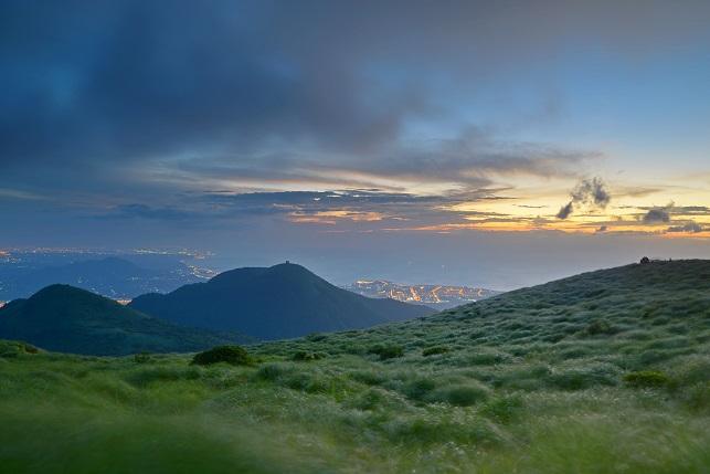 雲の彼方に日が暮れる(4)