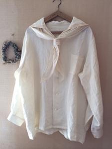 セーラーカラーシャツ白