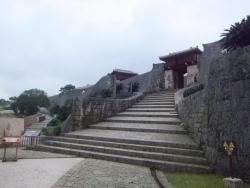 瑞泉門(ずいせんもん)