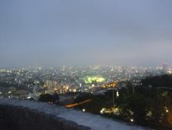 西(イリ)のアザナから見た那覇市街の夕景
