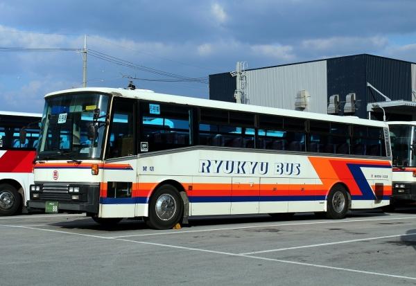 沖縄22き・・88