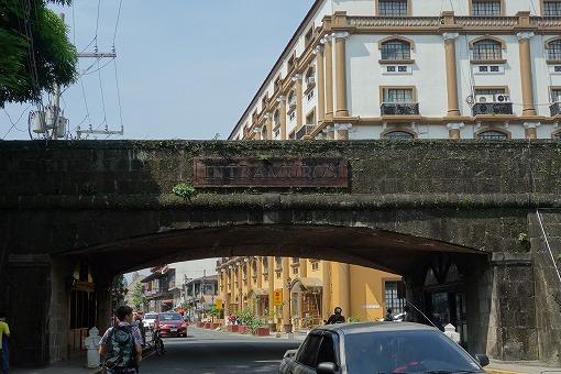 イントラムロス入口