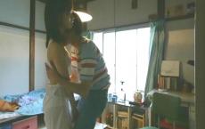 恵美子のブラを外す洋