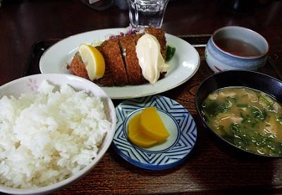 岡山卸売市場で昼食600円