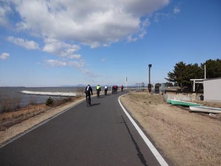 014a稲敷大橋で合流、ここからワンイチです、15名