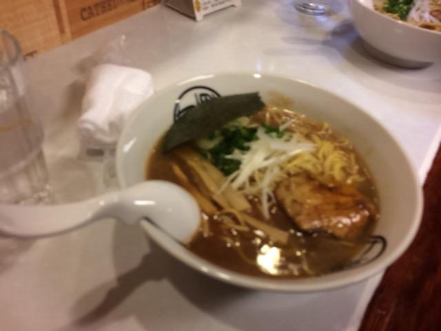 和歌山ラーメン 七星 豚骨醤油・炙り煮豚・細めん
