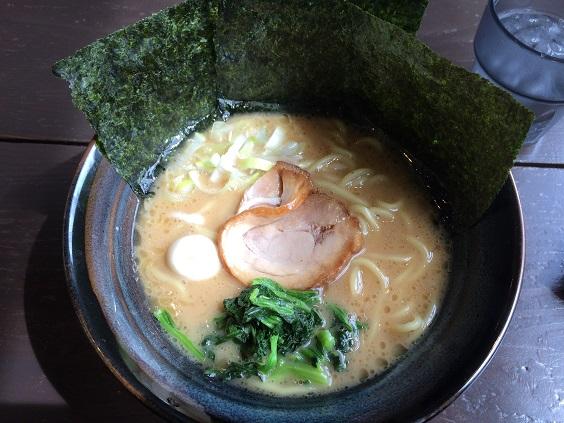 豚骨醤油(油・濃さ薄め)