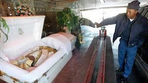 ドライブスルー葬儀2