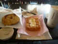 P1050129スタバで朝食