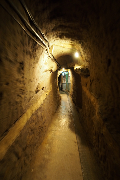 20150504_the_former_japanese_navy_underground_headquarters-05.jpg