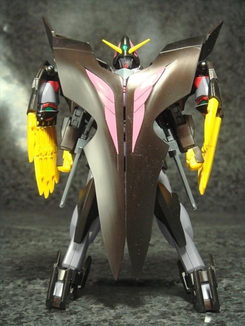 Gundamtheend003.jpg