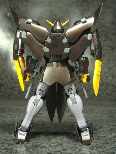 Gundamtheend004.jpg
