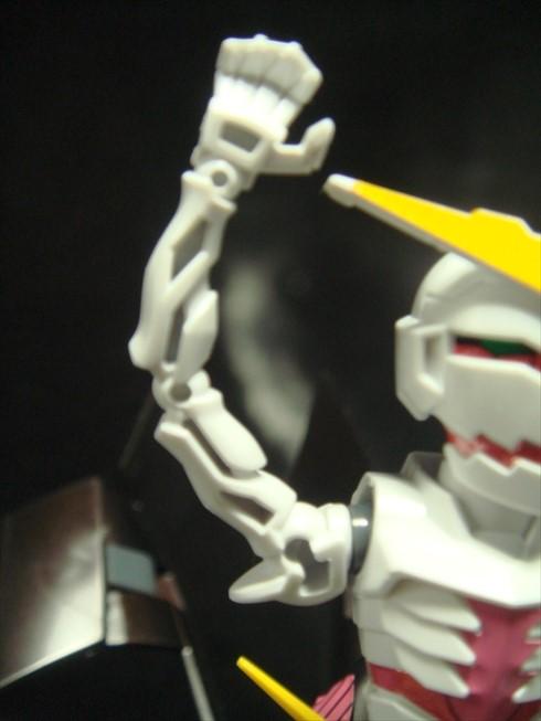 Gundamtheend034.jpg