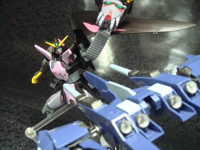 Gundamtheend047.jpg