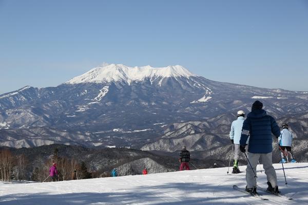 上部からは御嶽の眺めが素晴らしい