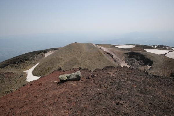 岩手山 成層火山らしい景色。