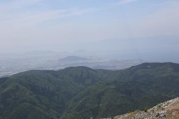 見慣れない琵琶湖