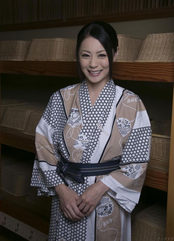 AV女優 愛田奈々 オナニー画像 熟女 人妻 まんこ画像 エロ画像 無修正001a.jpg