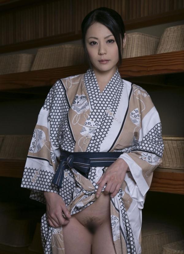 AV女優 愛田奈々 オナニー画像 熟女 人妻 まんこ画像 エロ画像 無修正003a.jpg